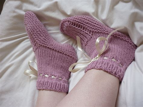 knitted bed socks free patterns slipper knitting patterns in the loop knitting