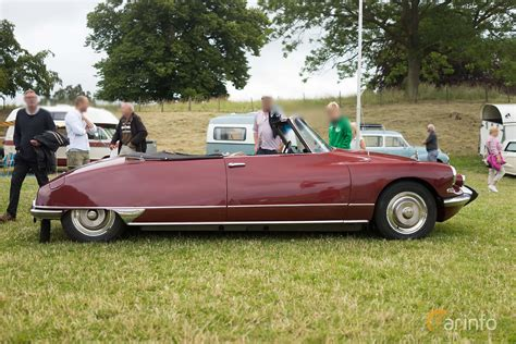 Citroen Ds Convertible by Citro 235 N Ds 19 Convertible 1 9 Manual 80hp 1964