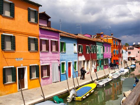 bright homes colorful burano houses venice italy jigsaw puzzle in