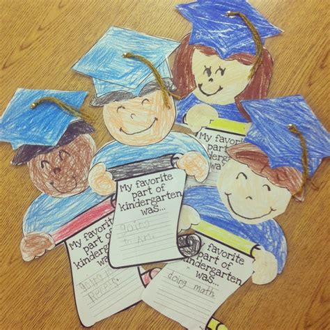 craft activities for graduation craft teaching kindergarten