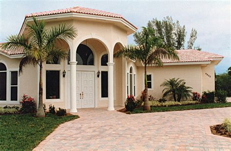 should i paint my house before selling painted stucco home for sale
