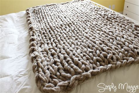 how to arm knit blanket how to arm knit a blanket in 45 minutes diy craft projects