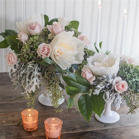 fresh centerpieces dyi crepe paper and fresh flower centerpieces