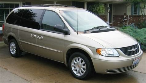 2002 Chrysler Town And Country by 2002 Chrysler Town Country Pictures Cargurus