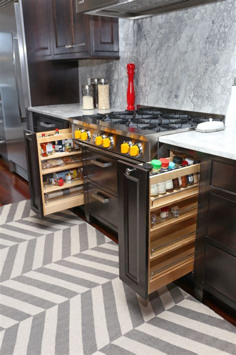 kitchen cabinet features 6 kitchen cabinet features that will create a wow