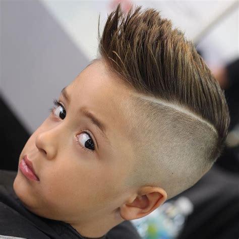 junior boy hairstyles m 225 s de 1000 ideas sobre cortes pelo corto para ni 241 os en