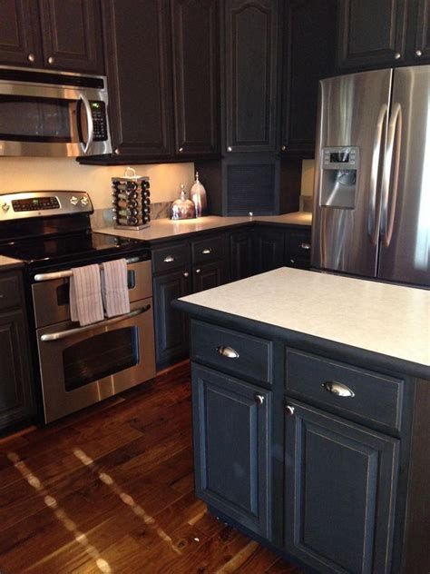 best chalk paint color for kitchen cabinets 130 best images about sloan chalk painted kitchens