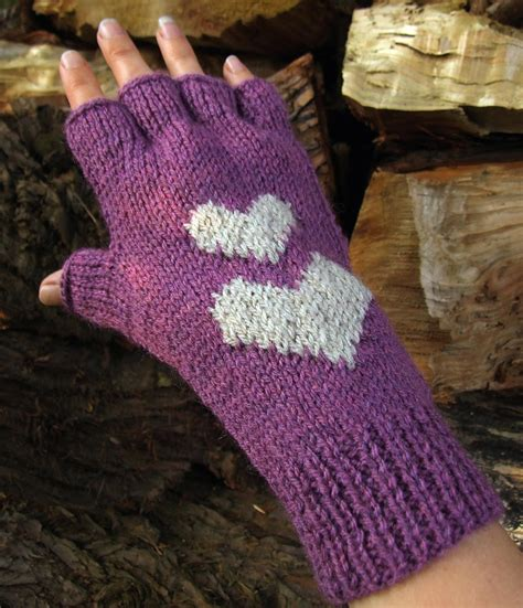 fingerless gloves knitting pattern hearts fingerless gloves knitting pattern woolnhook by