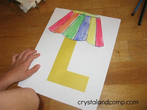 craft paper l shades alphabet activities for preschoolers l is for l