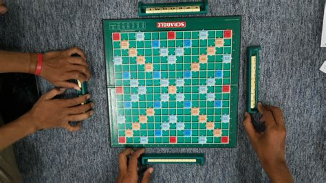 play scrabble with friends how to play scrabble for beginners grafisia