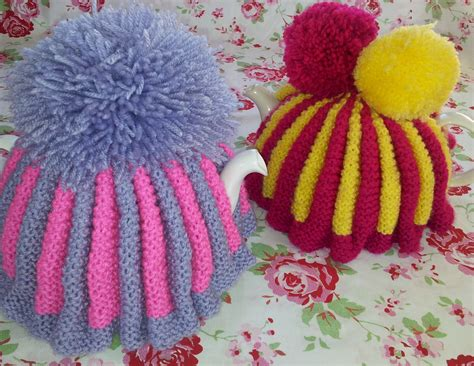 how to knit a tea cosy for beginners my vintage style knitted tea cosy cozy thestitchsharer