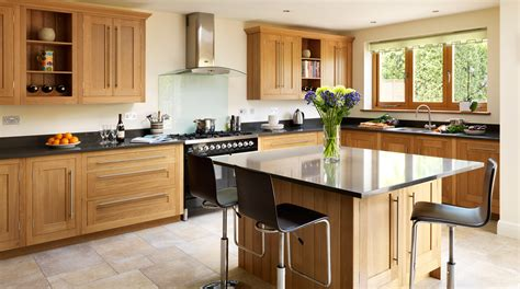 woodworks abbotsford shaker light oak timber kitchen image 4 quotes