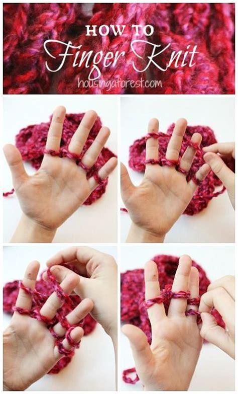 finger knitting tutorial 17 best ideas about finger knitting on finger