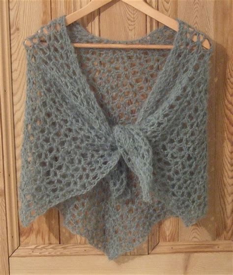 free shawl patterns to knit or crochet s shawl without seams