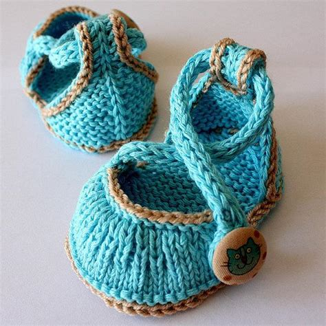 knitted sneakers pattern kitten baby shoes by oasidellamaglia knitting pattern
