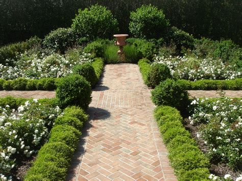 small garden paving ideas garden paving ideas