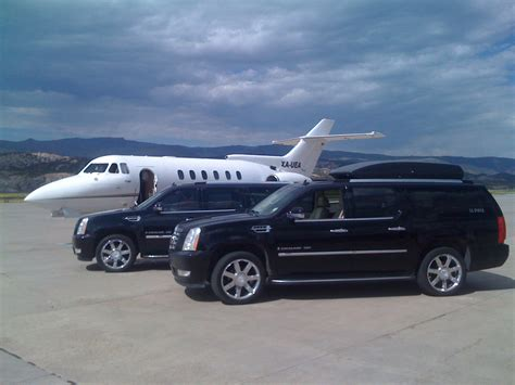 Aeroport Limousine by Charleston Wv Airport Limo Service Yeager Airport Limousine