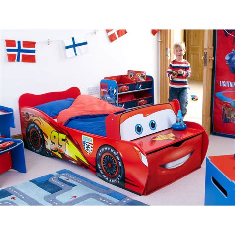 bed for toddler boy disney cars toddler feature bed lightning mcqueen new ebay