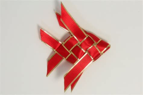 ribbon origami origamisan diagrams ribbon folding fish