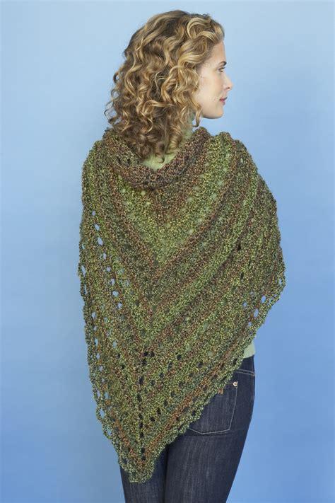 lionbrand free knit patterns splendid triangle shawl in brand homespun 80982ad