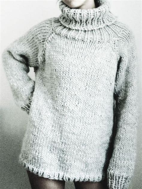 oversized sweater knitting pattern free stay warm cozy with these free chunky knitting patterns