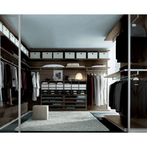 walk in ubik walk in closet by poliform