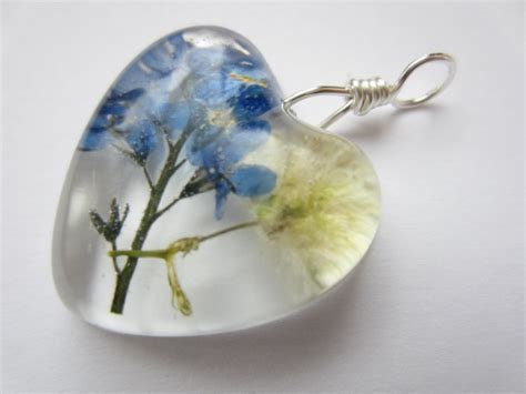 resin flowers for jewelry dried flower resin pendant pressed flower pendant forget