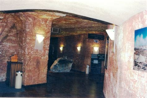 underground hotel panoramio photo of underground hotel cober pedy