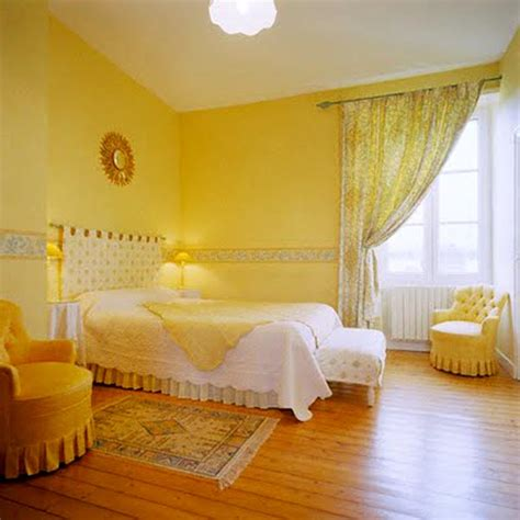 yellow bedrooms yellow bedroom ideasdecor ideas