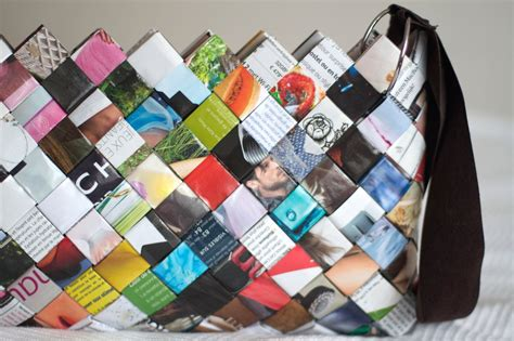 how to make paper from magazines diy woven paper bag sac en magazine