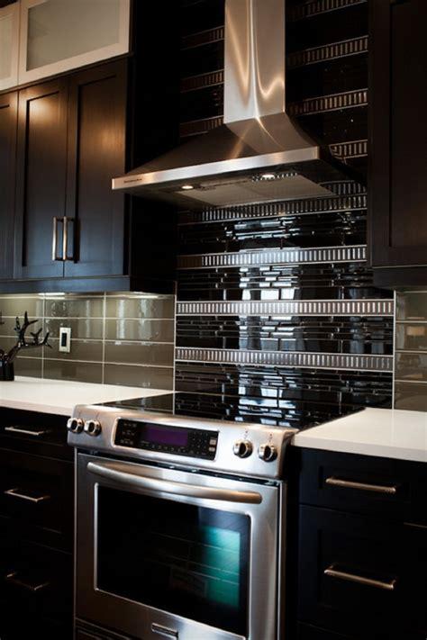Tuscan Kitchen Island 18 black subway tiles in modern kitchen design ideas
