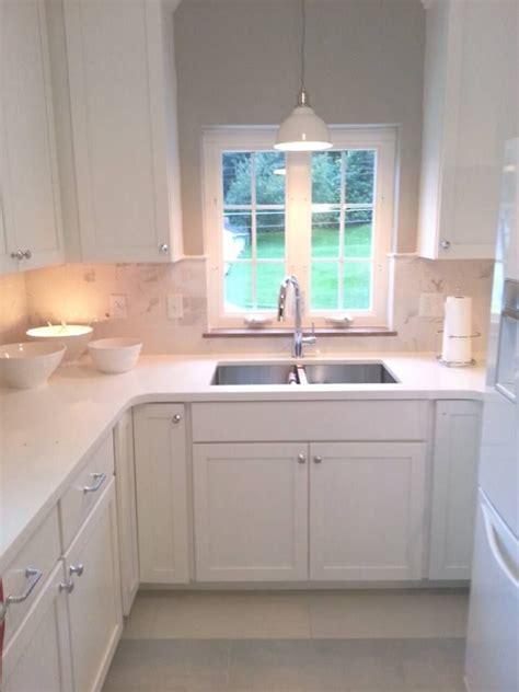 kitchen lighting ideas sink the sink lighting ideas homesfeed