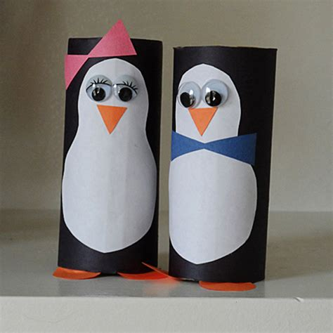 Materiel De Cing Toilette by Cardboard Tube Penguins Fun Family Crafts