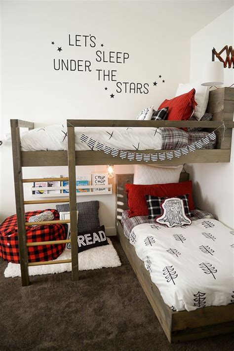 boys bedroom designs for small spaces best 25 small shared bedroom ideas on shared