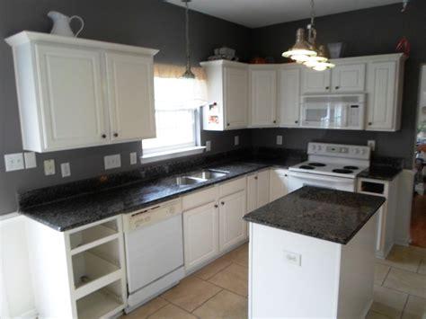 white cabinet kitchens with granite countertops white kitchen cabinets with black granite countertops