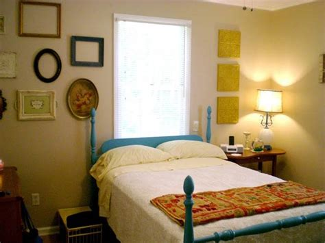 cheap bedroom designs for small rooms decorating ideas for small bedrooms on a budget