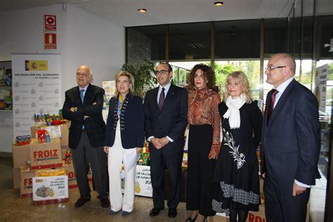 cruz roja banco de alimentos la delegaci 243 n del gobierno entrega al banco de alimentos