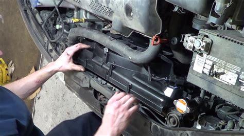 2003 Hyundai Elantra Radiator by How To Replace Hyundai Elantra Radiator Fan