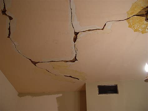How To Fix Cracked Paint On Ceiling toolbox tuesday plaster buttons to fix your crumbling