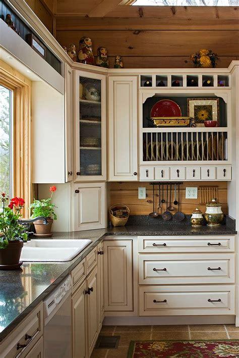 cabin kitchen cabinets best 25 log cabin kitchens ideas on cabin