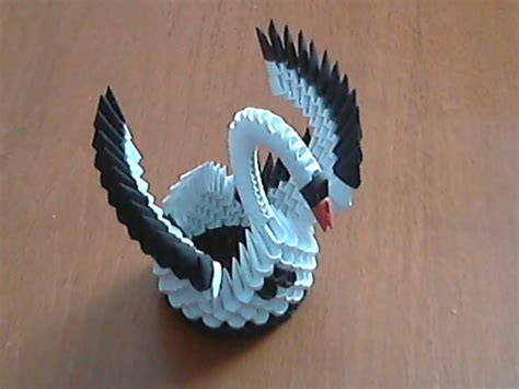how to make a origami 3d how to make 3d origami black and white small swan model1