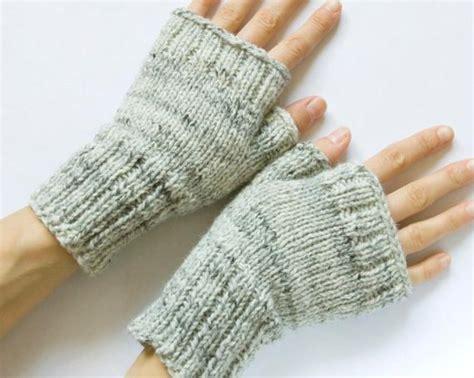 fingerless mittens knitting pattern fingerless mittens by cooke knitting pattern