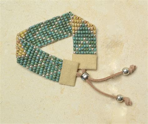 seed bead weaving patterns tricks to looming and bead weaving