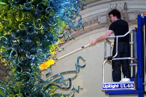 v a chandelier the cleaning dale chihuly s v a rotunda