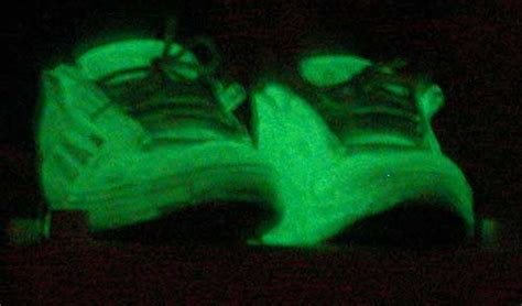 glow in the paint on shoes how to make glow in the goodies