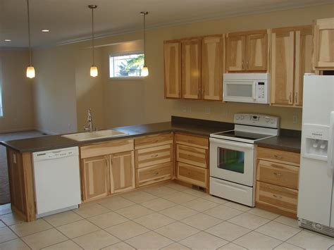 hickory kitchen cabinets wholesale hickory kitchen cabinets simple kraftmaid kitchen