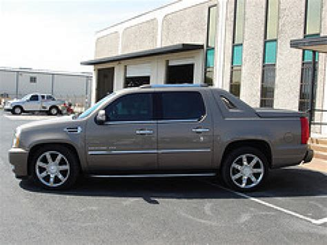 2008 Cadillac Escalade Ext by 2008 Cadillac Escalade Ext Information And Photos