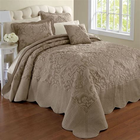 bed bedspreads 3 best king size bedspreads available in the market