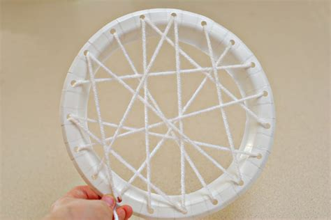how to make a spider web craft for simple spider web craft