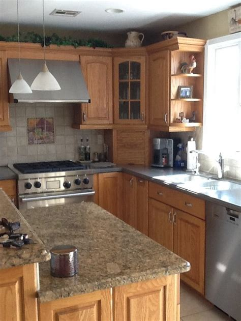 mixing kitchen cabinet colors help mixing kitchen cabinet style color
